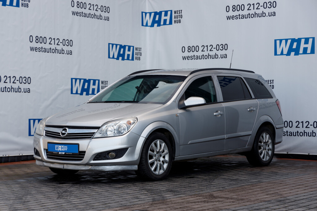 Opel Astra H фото