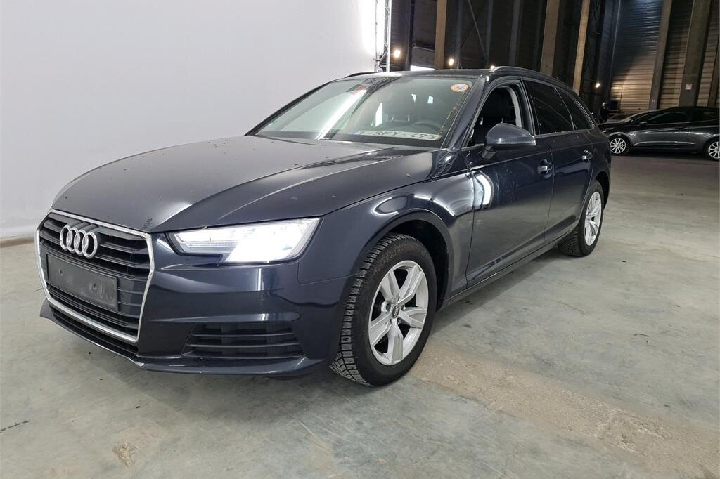 Audi A4 Avant 2017 фото