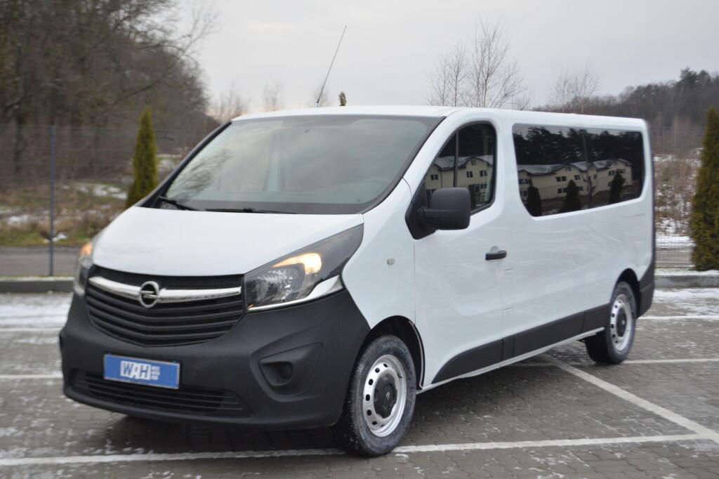 Opel Vivaro фото
