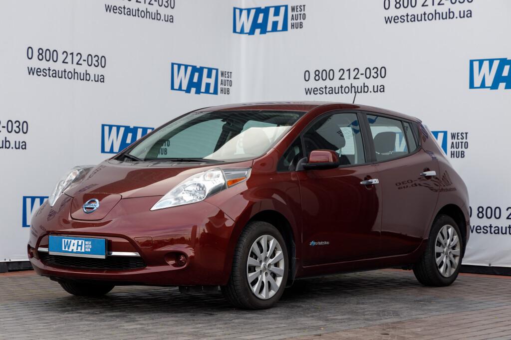 Nissan Leaf фото