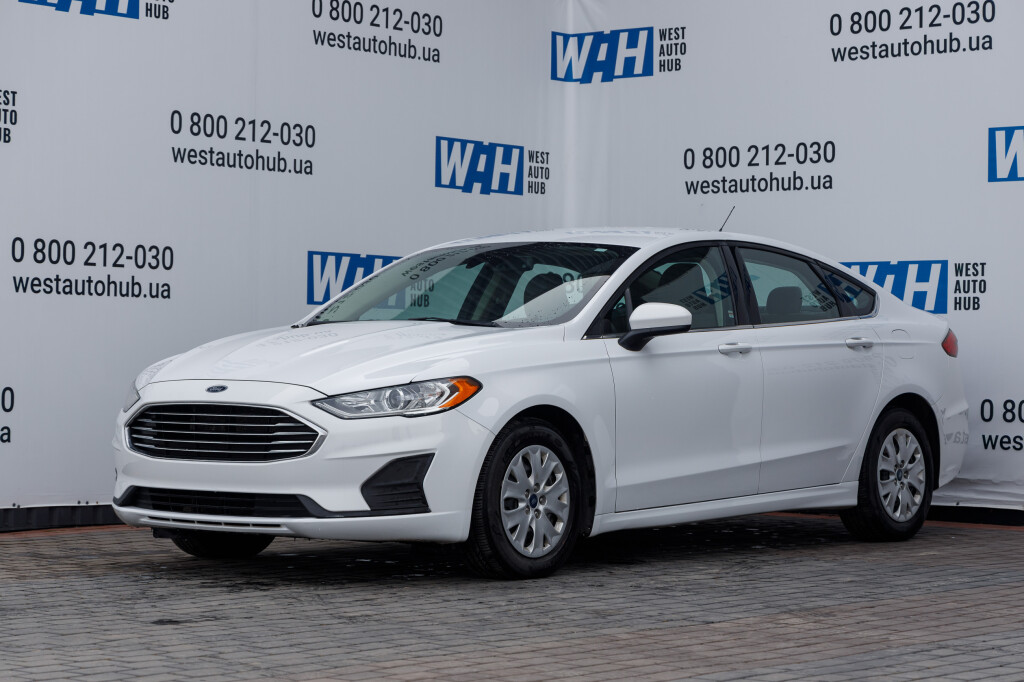 Ford Fusion S 2019 фото