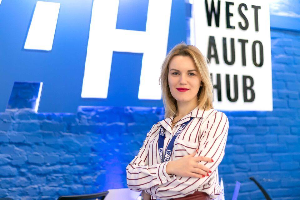 <i>Руководитель отдела сертификации Екатерина Осмолович</i> фото 1